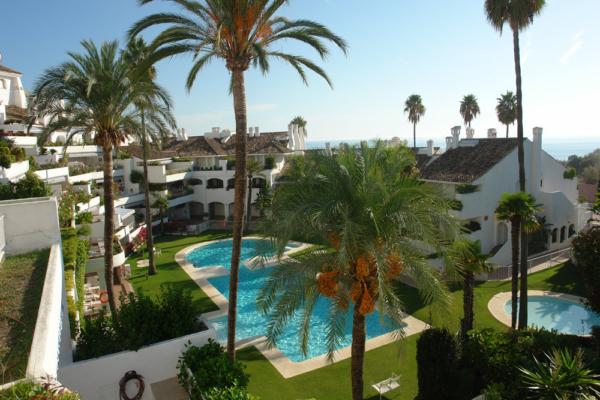 2 Sovrum, 2 Badrum Lägenhet Till Salu i Cumbre de los Almendros, Rio Real, Marbella East
