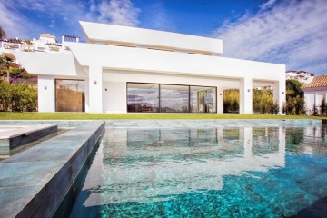Two Modern Villas in Marbella With Amazing Sea Views