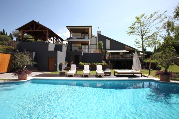6 Sovrum, 5 Badrum Villa Till Salu i Parque el Colorado, Nueva Andalucia
